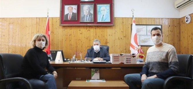 Δωρεά σε tablet από το TIP-İŞ στο Γυμνάσιο Anafartalar