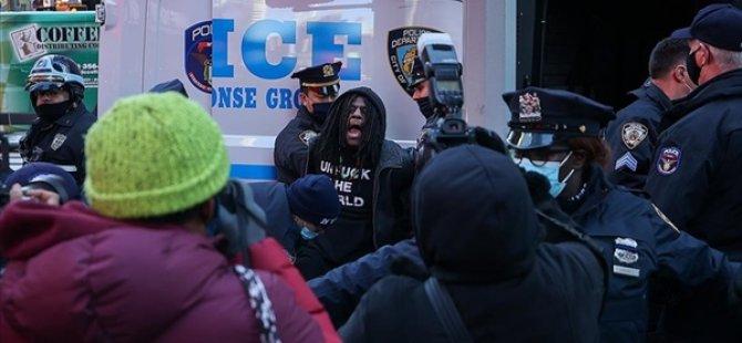 New York Polisi, Trump Destekçileriyle Karşıt Grup Arasında Çıkan Olaylara Müdahale Etti