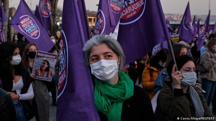 """İstanbul'da """"Büyük Kadın Buluşması"""""""