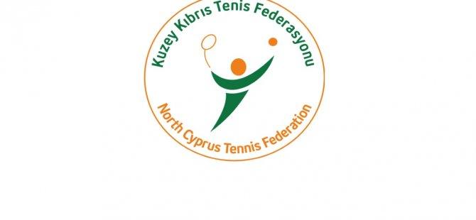 Uluslararası Tenis Seminerinde, dünyaca ünlü 3 önemli tenis antrenörü seminer verdi