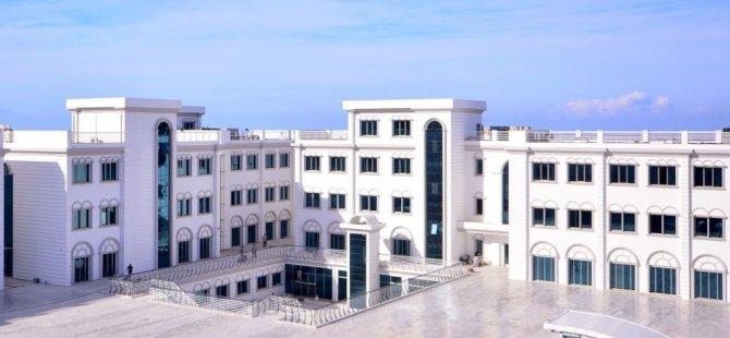 Türkiye'nin Sayılı Kardiyologlarından Prof. Dr. İlker Gül, Dr. Suat Günsel Girne Üniversitesi Hastanesi'nde Göreve Başladı