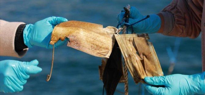 Denizlerden geçen yıl 11 ton maske ve eldiven toplandı