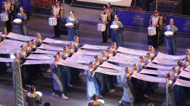 Mısır'da 'Firavunların Altın Geçidi': 18 kral ve 4 kraliçe mumyası devlet töreniyle yeni müzeye taşındı