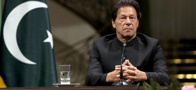 Pakistan Başbakanı'nın kadınların giyim tarzı ile tecavüzleri ilişkilendirmesi tepkilere neden oldu
