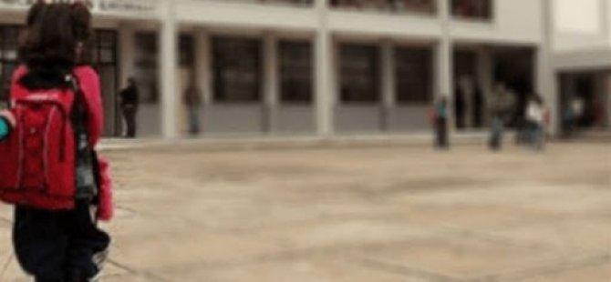 Güney Kıbrıs'ta okullar artan vakalar yüzünden altüst
