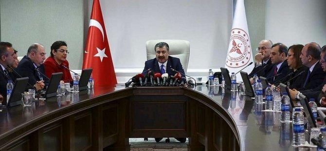 Türkiye'de 'Bilim kurulu üyeleri konuşmaktan bıkmış, moral çöküntüsü içinde'