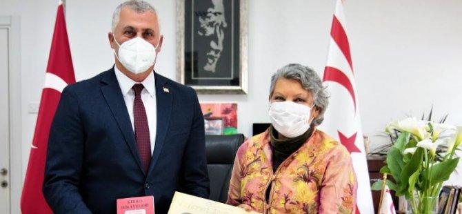 Amcaoğlu, Yazar Sevil Emirzade'yi Kabul Etti