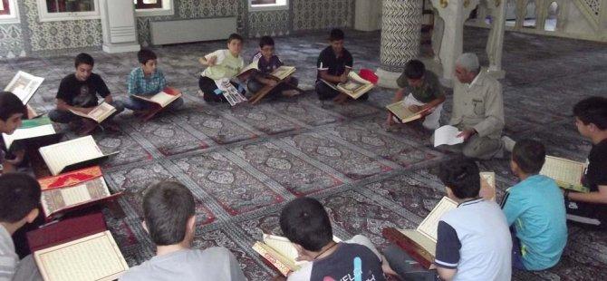 Yüksek Mahkeme'den Kuran kurslarıyla ilgili ilk karar