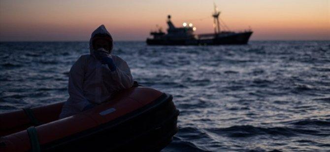 Tunus açıklarında batan teknede 1'i çocuk 41 göçmen hayatını kaybetti