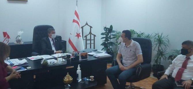 Bakan Üstel, TIP-İŞ ile görüştü