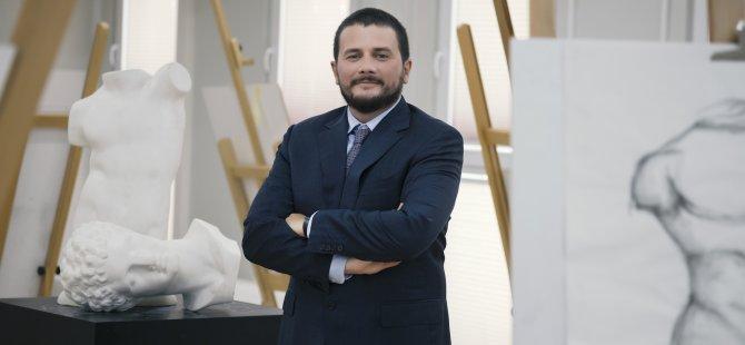 """ARUCAD Mütevelli Heyeti Başkanı Dr. Sinan Arkın """"ARUCAD'da Öğrenciler Hem Teorik Hem Pratik Eğitim Alıyor"""""""