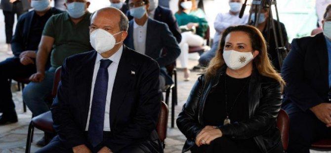"""Ο Τατάρ συμμετείχε στην ημέρα προώθησης και υπογραφής του βιβλίου με τίτλο """"Μια καρδιά που εκτείνεται από τα δροσερά νερά του Βοσπόρου στην Κύπρο"""
