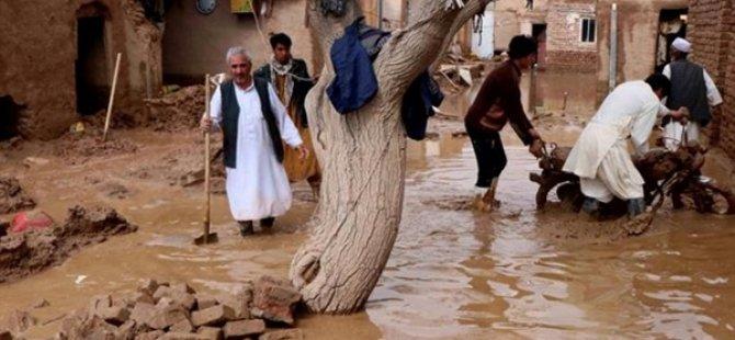 Afganistan'da Sel Felaketinde 14 Kişi Öldü