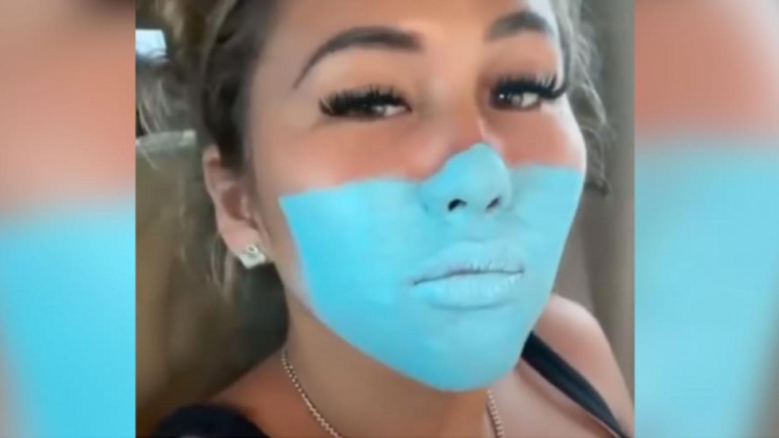 Bali'de ağızlarına makyajla maske çizerek markete giren Youtube fenomenleri sınır dışı edilecek