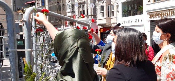 HDP, Anneler Günü'nde  Galatasaray Meydanı'nda: Annelerin döktüğü gözyaşının rengi aynı