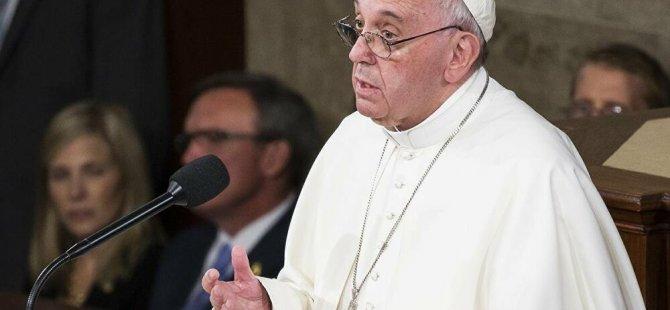 Papa Francis: Kudüs'te yaşanan gelişmeleri özel bir endişeyle takip ediyorum