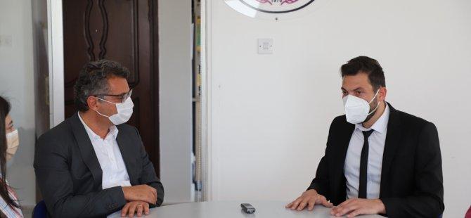 CTP Genel Başkanı Erhürman TIP-İŞ Ve KTHES'i Ziyaret Etti