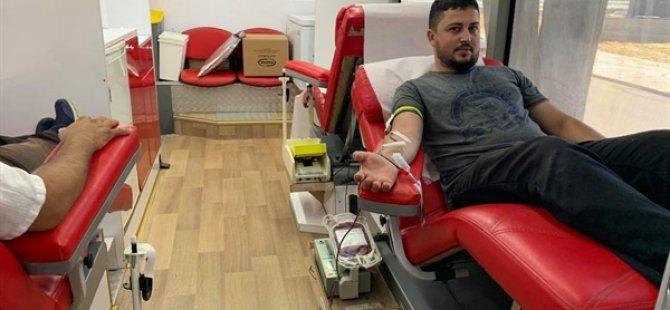 GÜKAD kan bağışladı