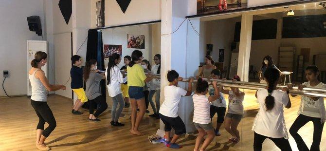 Girne Belediyesi Çocuk Meclisi Lefkoşa'da Bale Atölyesi'ne Katıldı
