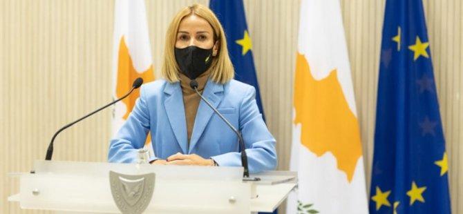 Güney Kıbrıs'ta Adalet Bakanı Emili Yoliti dün, görevinden istifa etti