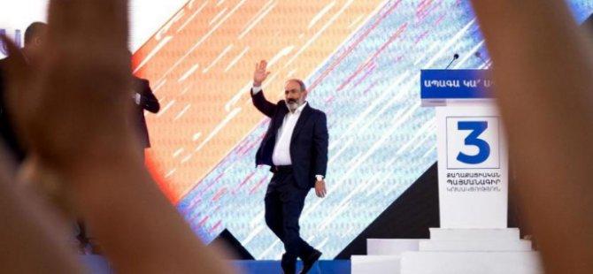 Ermenistan, Erken Seçim İçin Sandık Başında