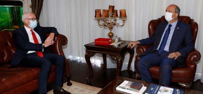 Cumhurbaşkanı Ersin Tatar, Almanya Büyükelçisi Franz Josef Kremp onuruna veda yemeği verdi