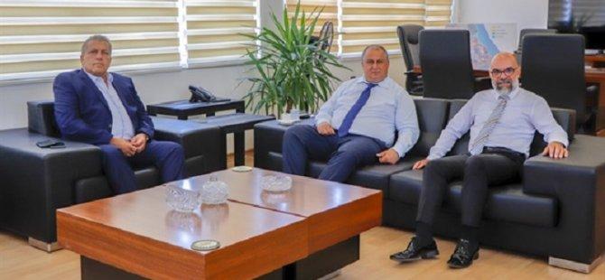 Eski Eserler ve Müzeler Dairesi Müdürü Nazım Ced Belediye Başkanı İsmail Arter'i Ziyaret Etti