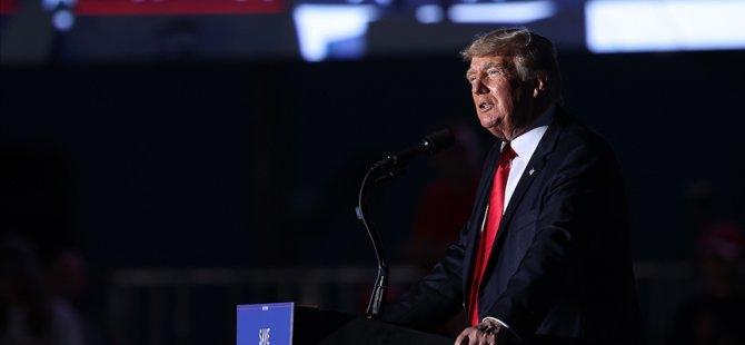 Trump, Beyaz Saray'dan Ayrıldıktan Sonra İlk Mitingini Yaptı