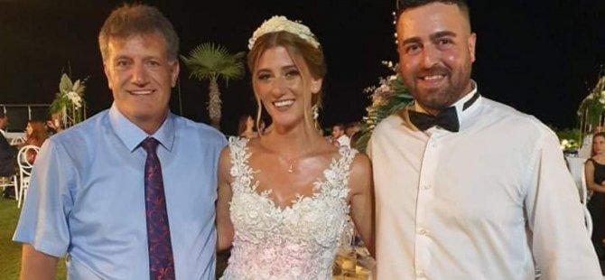 Aile arasında bir düğün ile evlendiler