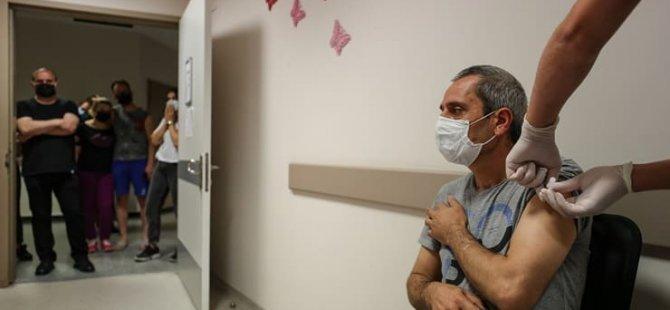 Müftüoğlu'ndan 4'üncü dalga uyarısı: En çok sahtekarlara inanan aşısızları vuracak