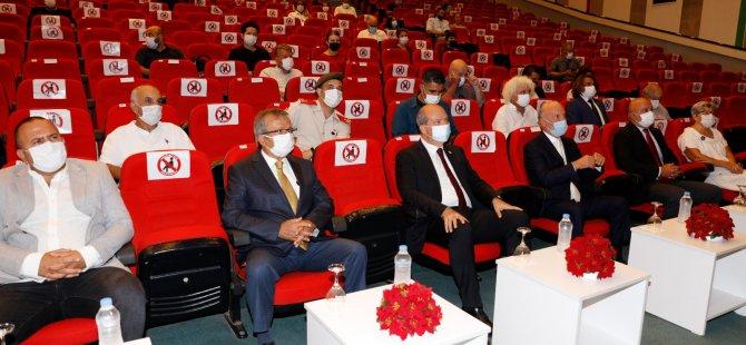 Cumhurbaşkanı Tatar, YDÜ'de İki Sergi Açılışı Gerçekleştirdi
