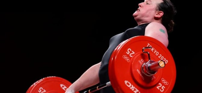 Olimpiyat Oyunları'nda bireysel yarışan ilk trans sporcu elendi