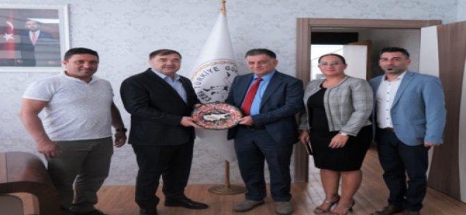 Güreş Federasyonu Başkanı Öznacar'dan Türkiye Güreş Federasyonu Başkanı Musa Aydın'a Ziyaret