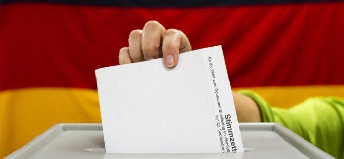 Almanya seçimleri: Anketlerde SPD birinci sırayı koruyor