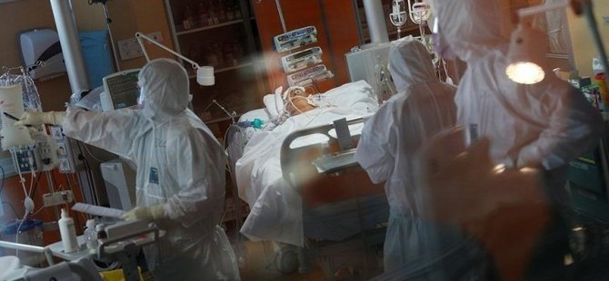 İtalya'da aşı ve sağlık kartı tüm çalışanlar için zorunlu olacak