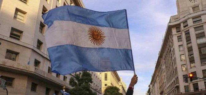Arjantin'de kabine değişti