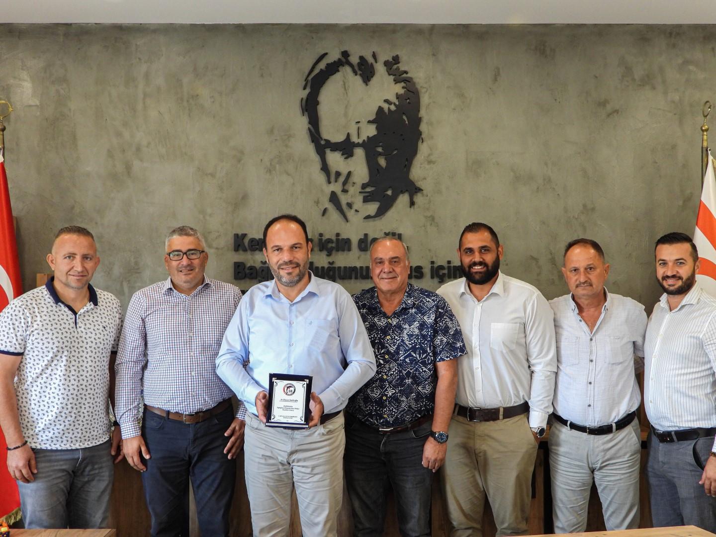 L. Gençler Birliği yeni yönetimi Sadıkoğlu'nu ziyaret etti