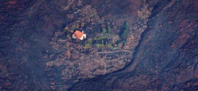 Lav akışına karşı tek başına ayakta kalan 'mucize ev'