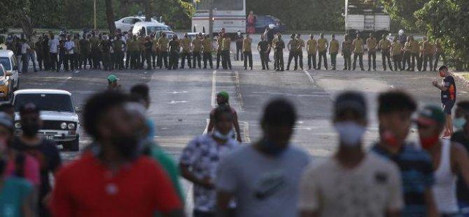 Küba'da COVID-19'dan ölenlerin sayısı 7 bini aştı