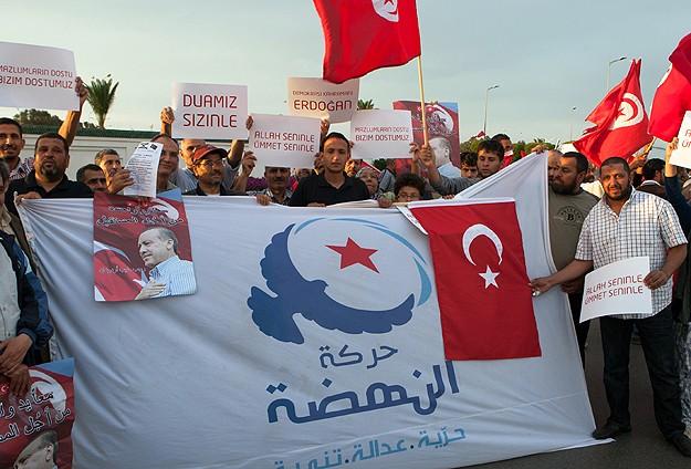 Erdoğan'a Tunus'ta sevgi gösterisi