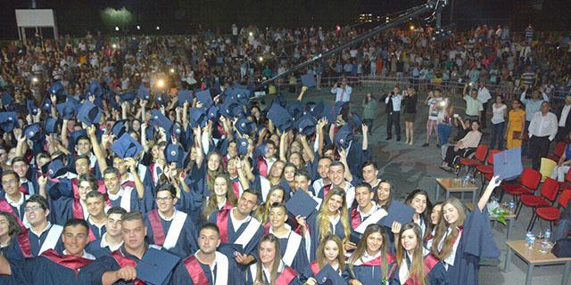 Yakın Doğu Kolejinden Muhteşem 22. Yıl Mezuniyet Töreni