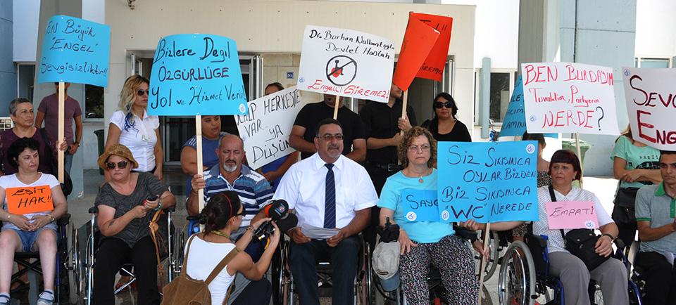 """""""Kaliteli Sağlık Hizmeti Herkesin Hakkıdır"""" yürüyüşü!"""