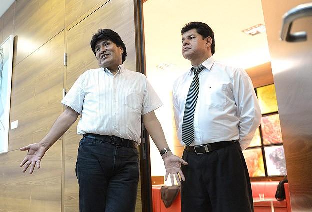 Evo Morales'in uçağına Snowden müdahalesi