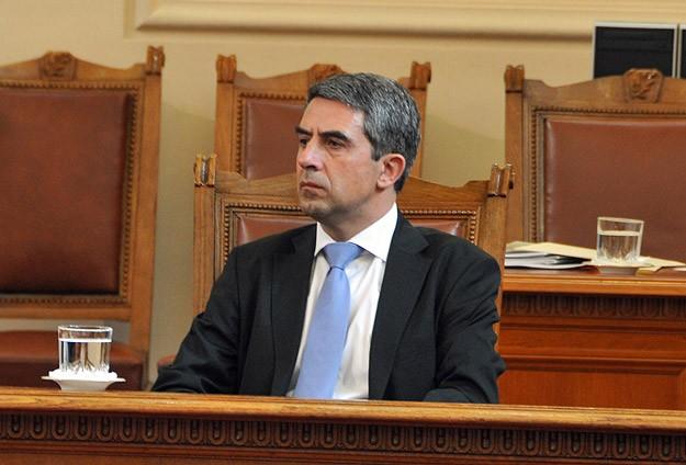 Bulgaristan Cumhurbaşkanı Plevneliev erken seçim istedi