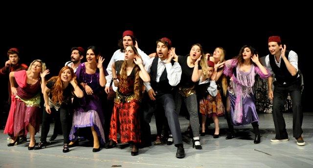 """YDÜ Sahne Sanatları Fakültesi """"Tiyatro Bölümü""""ne Yetenek Sınavı ile öğrenci alıyor"""