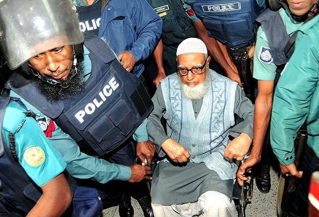 Bangladeş'de Gulam Azzam 90 yıl hapse mahkum edildi