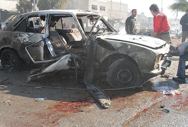 Halep'te bombalı saldırı: 70 ölü