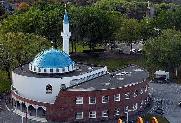 Hollanda'da İslamofobi tehdidi büyüyor