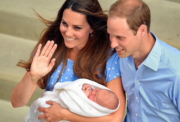 İngiltere kraliyet bebeğinin ismi açıklandı