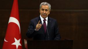 Le Monde: Erdoğan ülkenin tepesinde soyutlanıyor